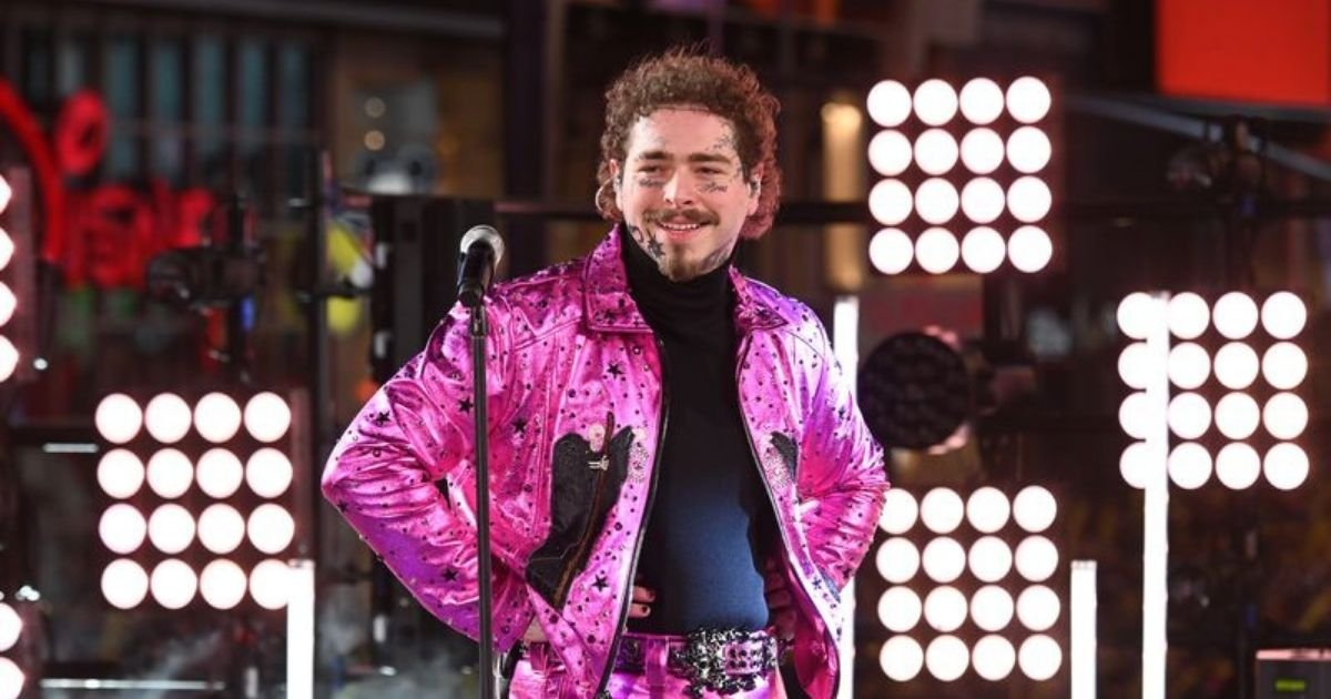 1 98.jpg?resize=412,232 - Post Malone Donates 10,000 Pairs Of Crocs To Frontline Workers