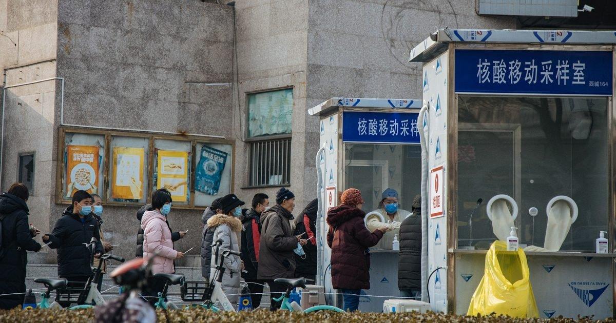"""1c65d321 5ce4 43e0 ae93 bb9fc0e7826d e1611765545768.jpeg?resize=412,275 - Covid-19 : la Chine utilise un test anal pour tester les personnes """"à haut risque"""""""