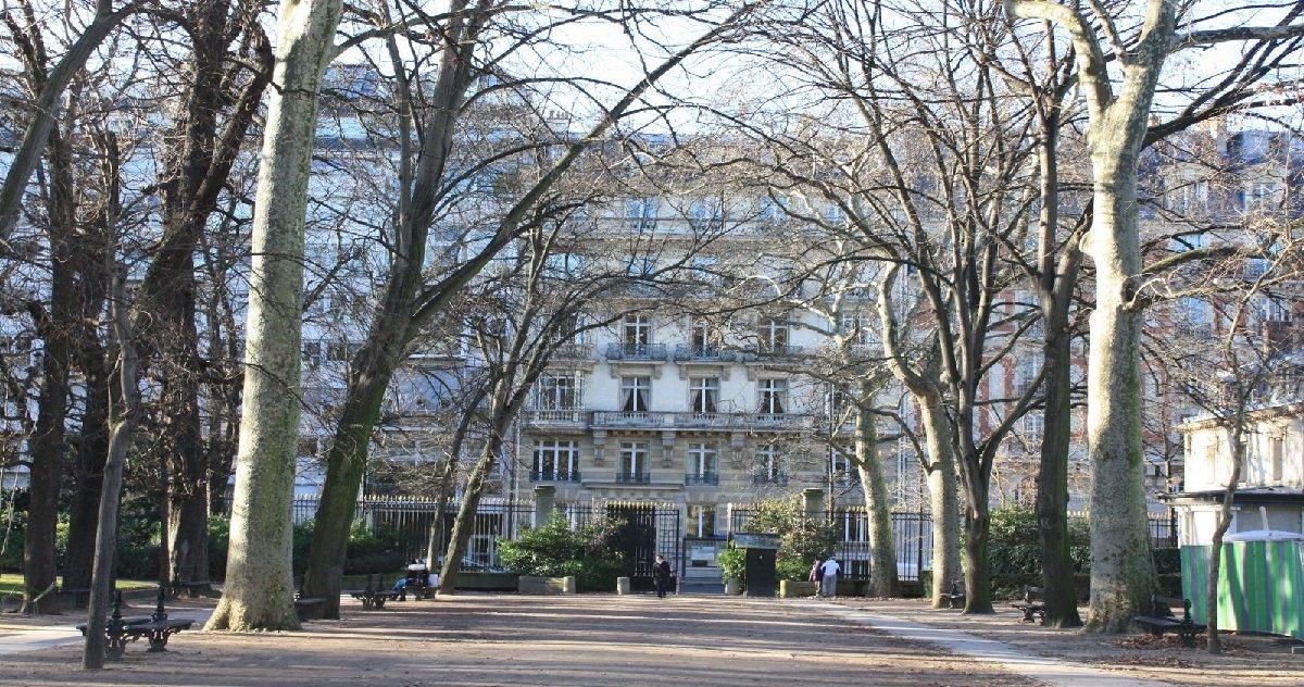 2 jdl.jpg?resize=1200,630 - Paris: un homme a été retrouvé pendu à un arbre à proximité du jardin du Luxembourg