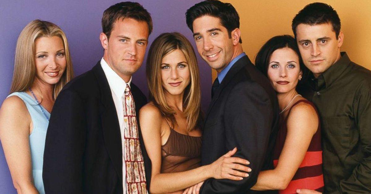 3189065 jpg r 1280 720 f jpg q x xxyxx e1610982355154.jpg?resize=412,275 - Les retrouvailles du casting de Friends ont enfin commencé à être tournées