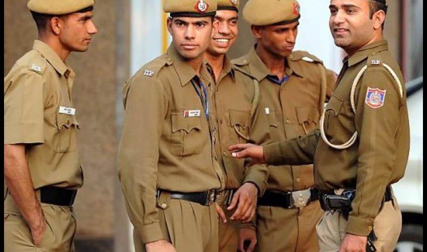 Suspecting Covid-19, IRS officer kills self in Delhi – LawZ Magazine