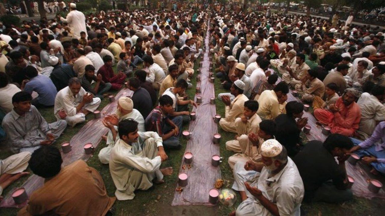 Se inicia el Ramadán más restrictivo para los musulmanes en España -  Republica.com