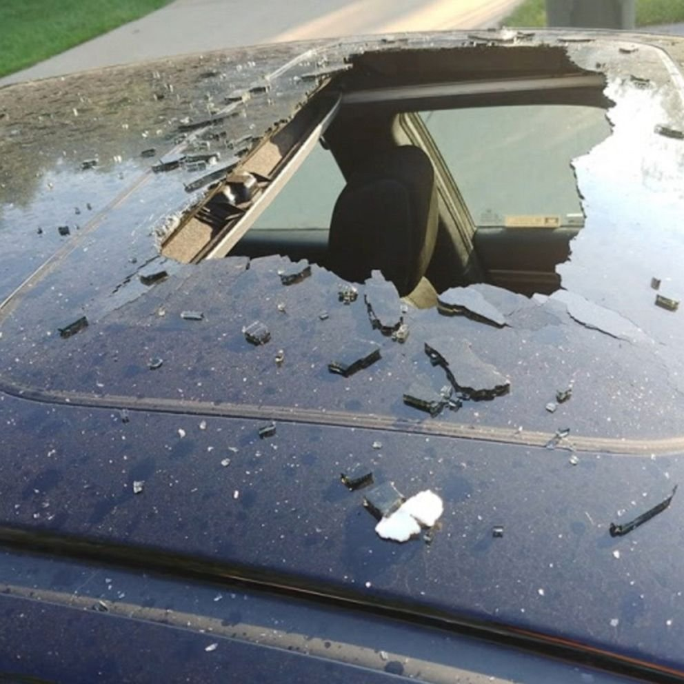 Dry shampoo shatters glass sunroof after it overheated and exploded - ABC  News