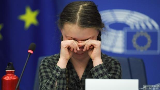 Greta Thunberg, a la UE entre lágrimas: «Nuestra casa se desmorona, el futuro está en sus manos»