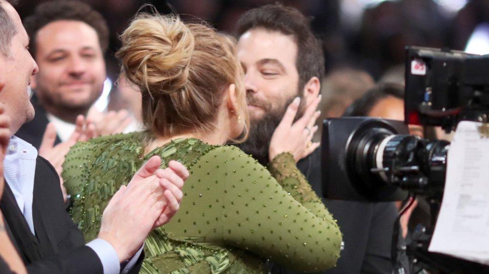 La verdad no contada de la relación de Adele y Simon Konecki - Español news24viral