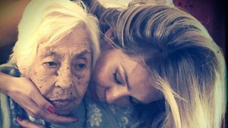 La abuela de Thalía y Laura Zapata fue maltratada en el geriátrico: las terribles imágenes | TN