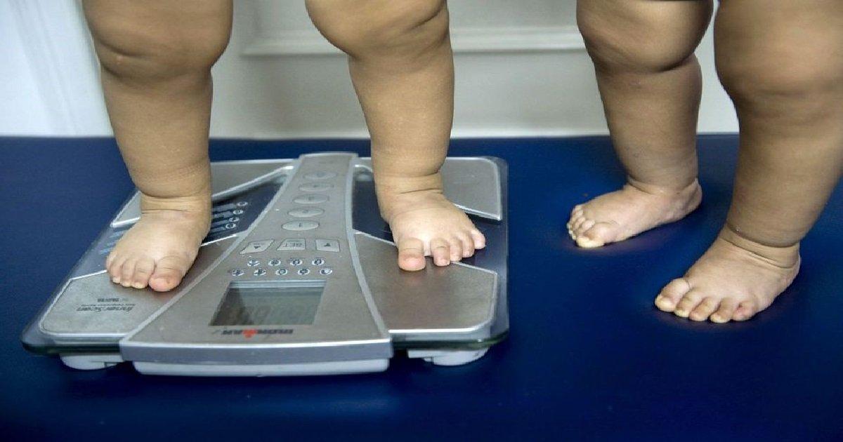7 enfants.jpg?resize=412,232 - Impact du confinement: 2 enfants sur 5 ont pris jusqu'à 6 kilos