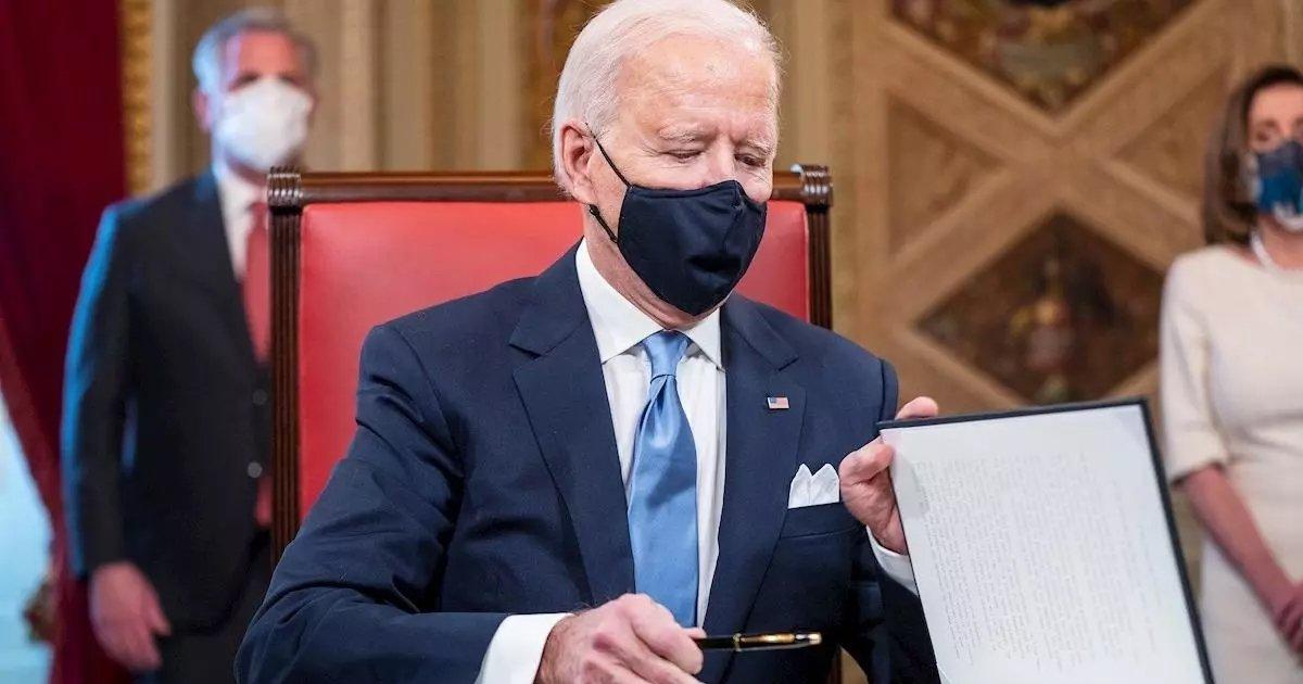 errr 2.jpg?resize=412,232 - Joe Biden Vows To Immediately Reverse Trump's Legacy In First Tweet As President