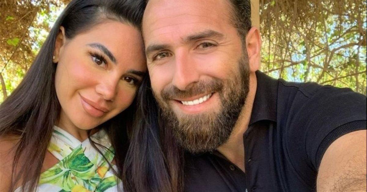 mujdat et feliccia.png?resize=1200,630 - Mujdat et Feliccia dévoilent la luxueuse villa dans laquelle ils ont emménagé à Los Angeles