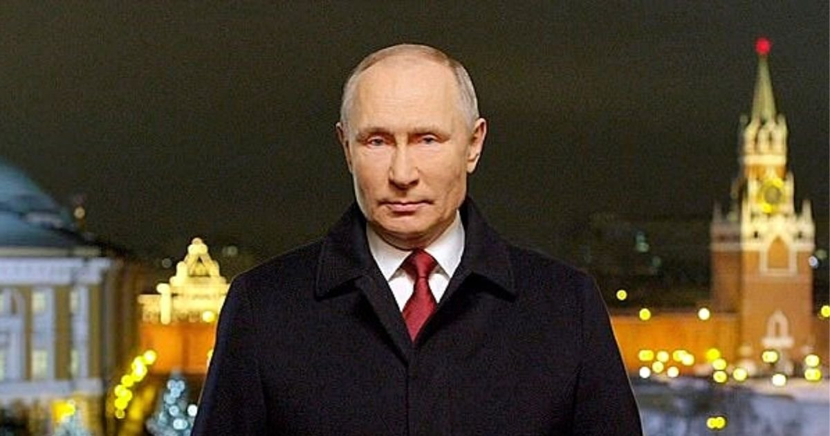 putin6.jpg?resize=1200,630 - TV Bosses To Be Punished After Vladimir Putin's Head Was Cut Off During Speech