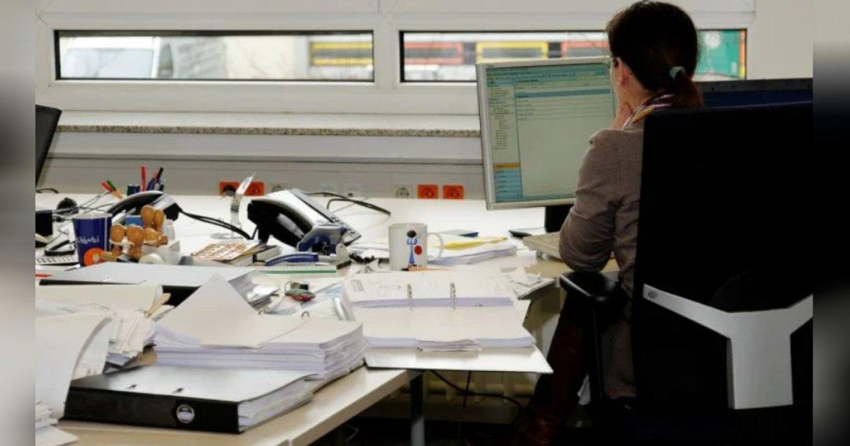 titulo 3.png?resize=412,232 - Empresa Utiliza Asientos Inteligentes Para Mantener Monitoreados A Sus Trabajadores En La Oficina