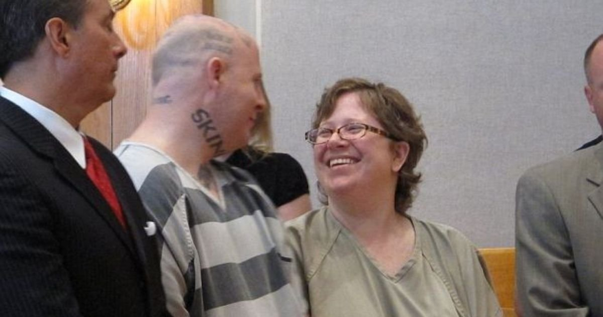 2 34.jpg?resize=1200,630 - Couple Kissed And Smiled As They're Sentenced To Life For Murder
