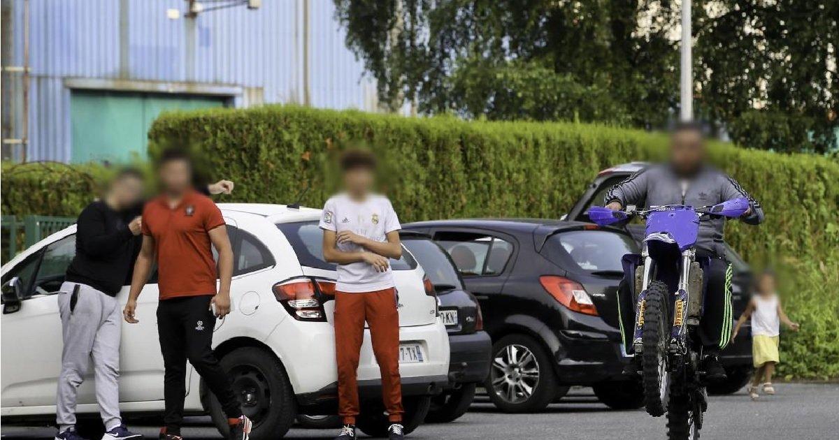 2 alloc.jpg?resize=1200,630 - Yvelines: à Poissy, les aides sociales seront supprimées pour les familles de délinquants