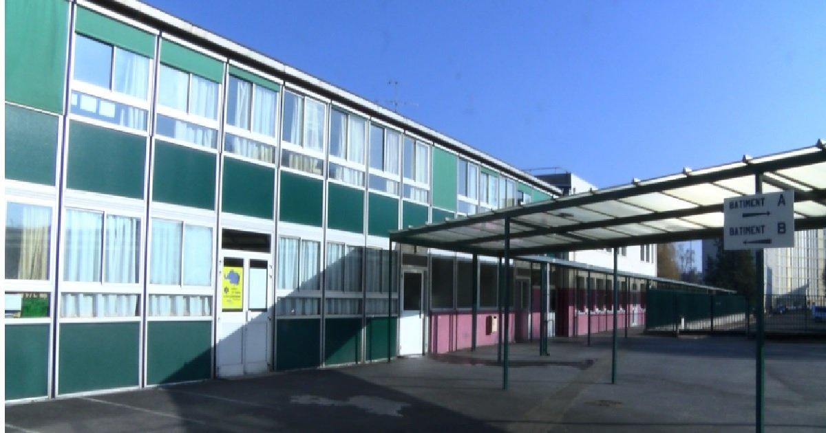 4 college.jpg?resize=412,232 - Val-d'Oise: un collège ferme après la découverte de deux cas du variant sud-africain