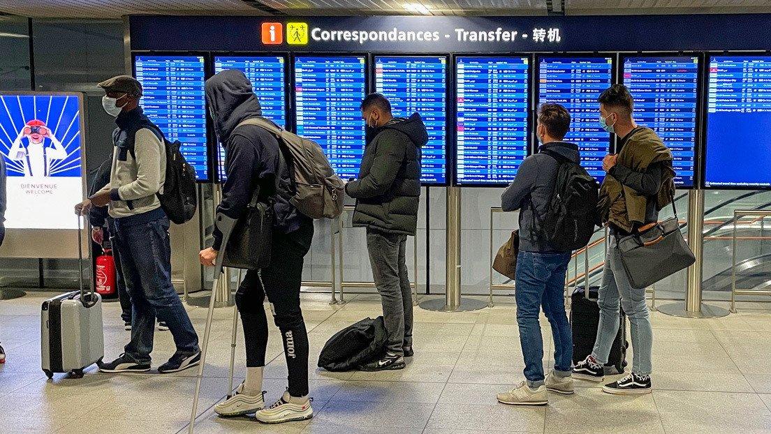 Resultado de imagen de primer país europeo está a punto de lanzar un pasaporte digital exclusivo para los vacunados