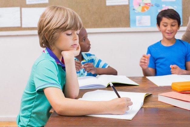 Resultado de imagen de alumnos pequeños