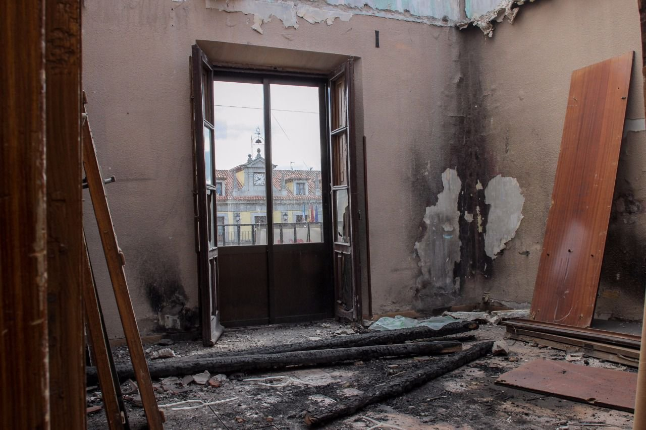 Resultado de imagen de casa quemada