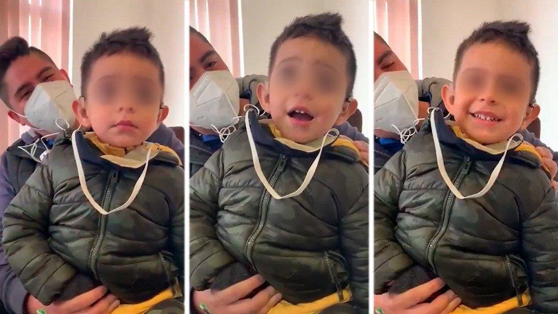 Resultado de imagen de reacciona un niño de dos años con discapacidad auditiva al escuchar la voz de su padre