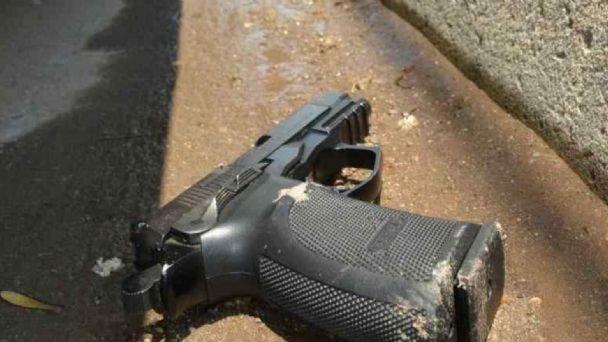 Un nene le robó el arma a un policía y le disparó en el abdomen: está prófugo | MDZ Online