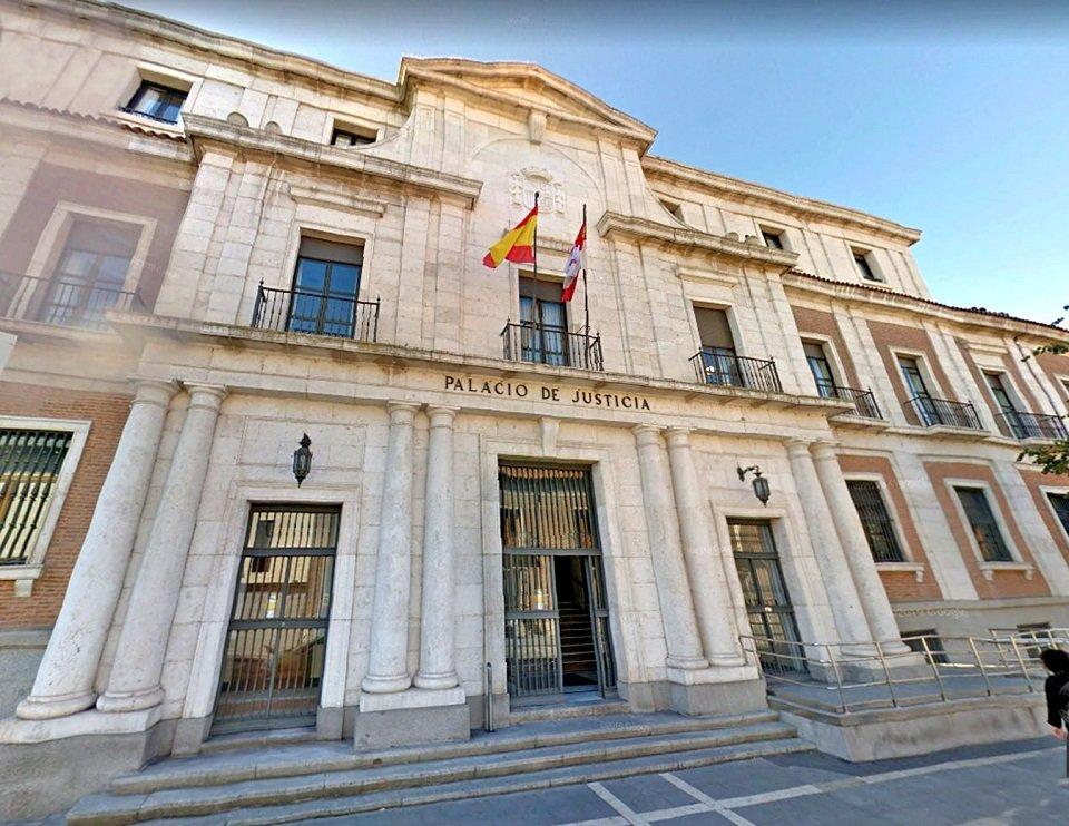 La Audiencia de Valladolid condena a 3 años de prisión a dos hombres por tener en su habitación de hotel 107 pastilas de drogas