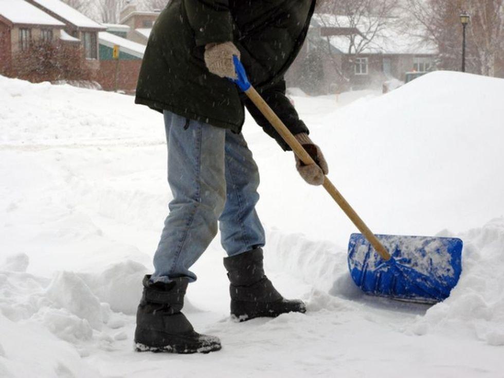 Consejos oportunos para quitar la nieve de forma segura - Consumer Health News | HealthDay