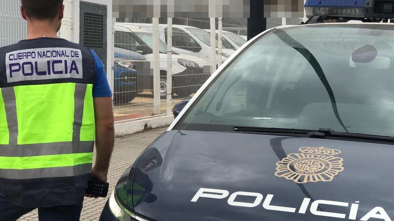 Detenido un hombre de 44 años por robar un perfume en un local comercial