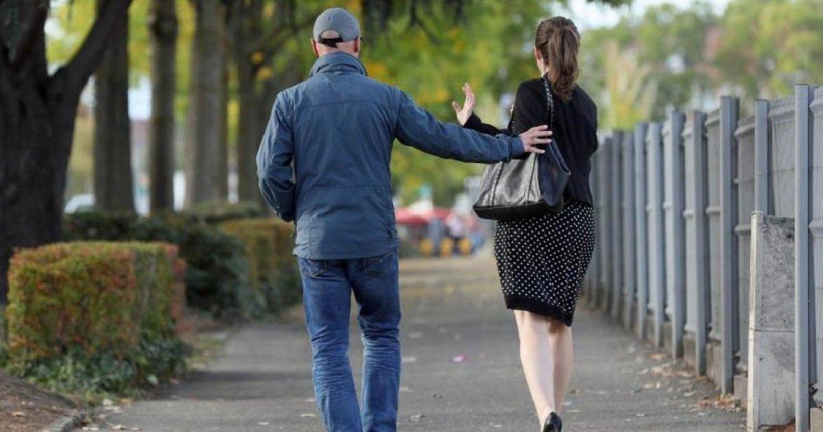5 harcelement.jpg?resize=412,232 - Par peur des agressions, huit femmes Européennes sur dix évitent certains espaces publics