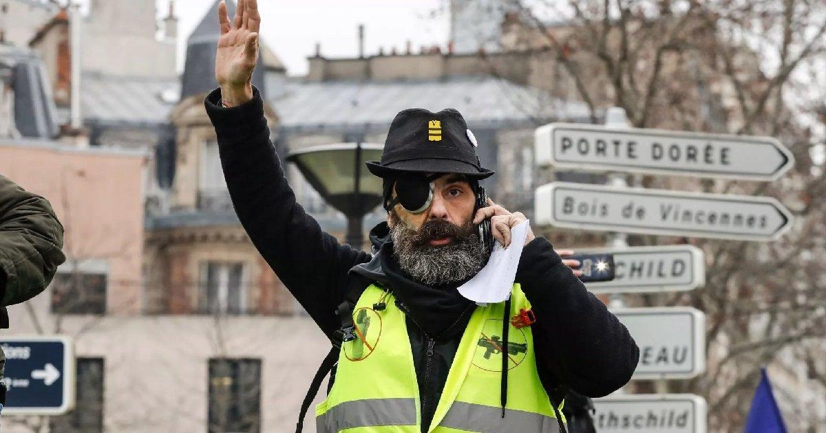 6 gj.jpg?resize=1200,630 - Gilet Jaune: les deux policiers qui ont éborgné Jérôme Rodrigues ont été mis en examen