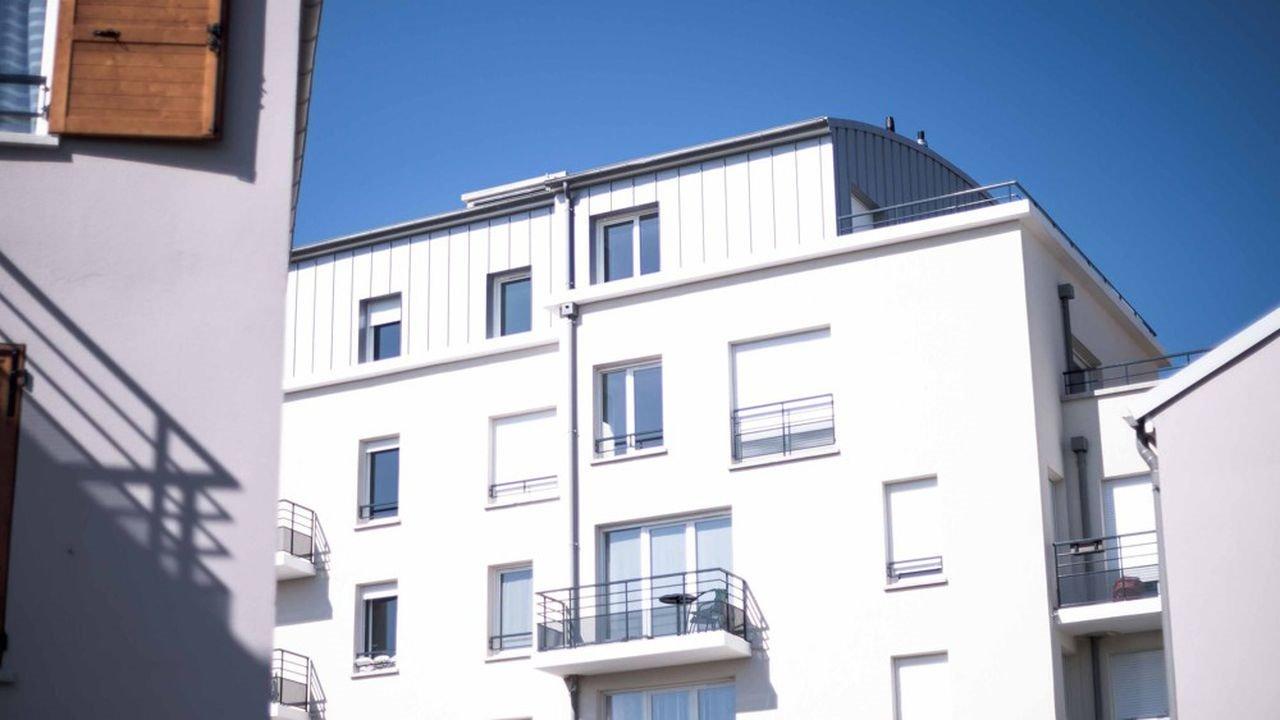 6 hlm.jpg?resize=412,232 - Charente-Maritime: des habitants d'une résidence sont bloqués chez eux depuis Noël