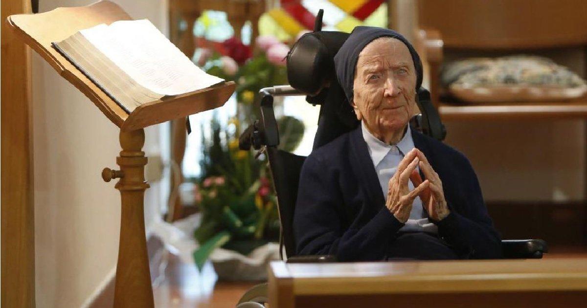 6 sa.jpg?resize=412,232 - Toulon: Sœur André, a guéri du Covid-19 quelques jours avant de fêter ses 117 ans