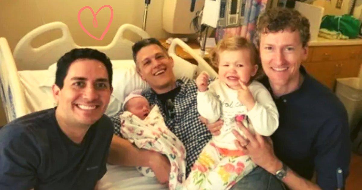 articulosportadas 1 38.png?resize=412,232 - Una Pareja De Tres Hombres Se Convierte En Padres Legales De Un Bebé