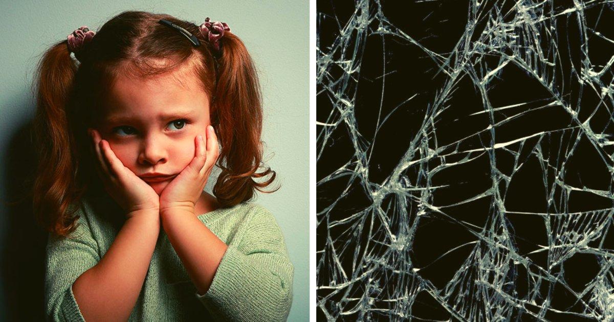 articulosportadas 2 22.png?resize=412,232 - Vecinos Protegen A Una Mujer Y Sus Hijas De Las Amenazas De Su Propio Hermano