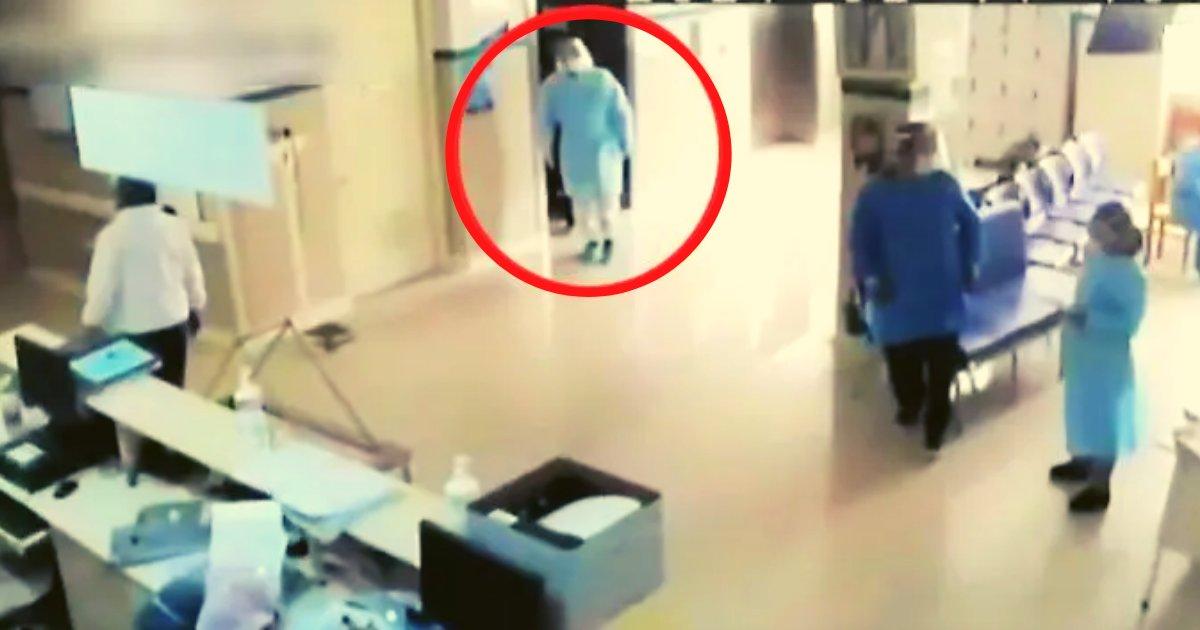 articulosportadas 45.png?resize=1200,630 - Un Policía Se Disfrazó De Doctor Para Poder Ver A Su Padre Y Lo Encontró Sin Vida