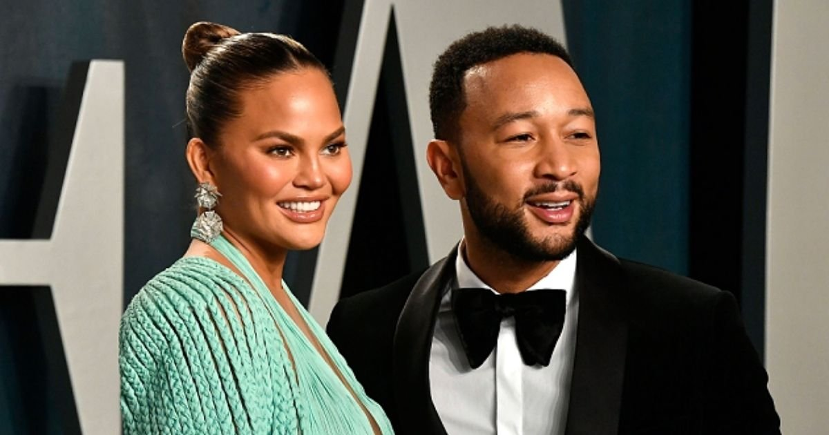 teigen5.jpg?resize=1200,630 - 'They're All Gone!' Chrissy Teigen Reveals She Lost Four Tooth Caps