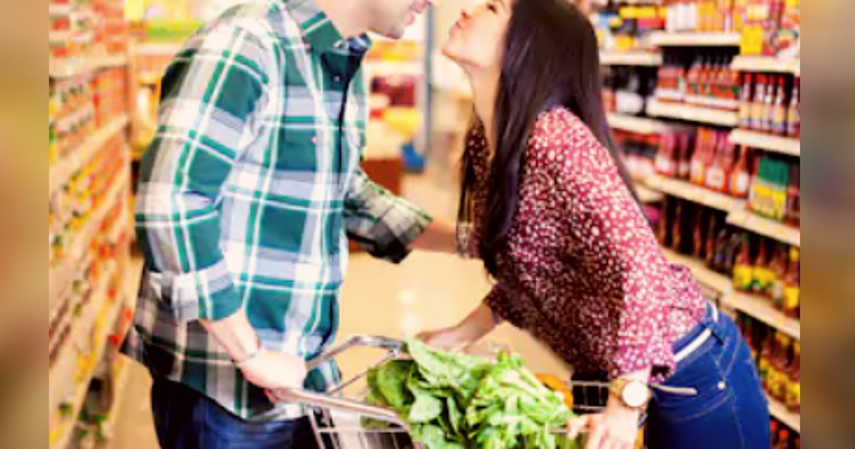 titulo 3 2.png?resize=1200,630 - Supermercado Ofrece Dentro De Sus Servicios Ayuda A Solteros Para Encontrar Pareja