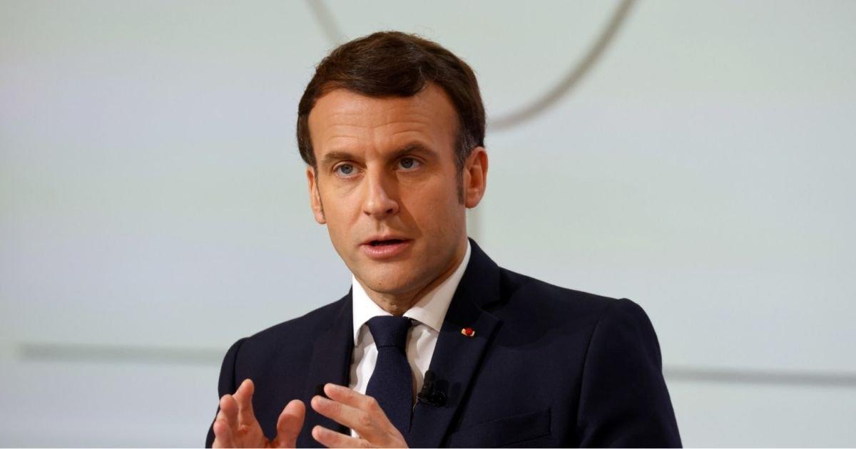 """vonjour16.jpg?resize=412,232 - Lutte contre le cancer : Macron souhaite une """"génération sans tabac"""""""