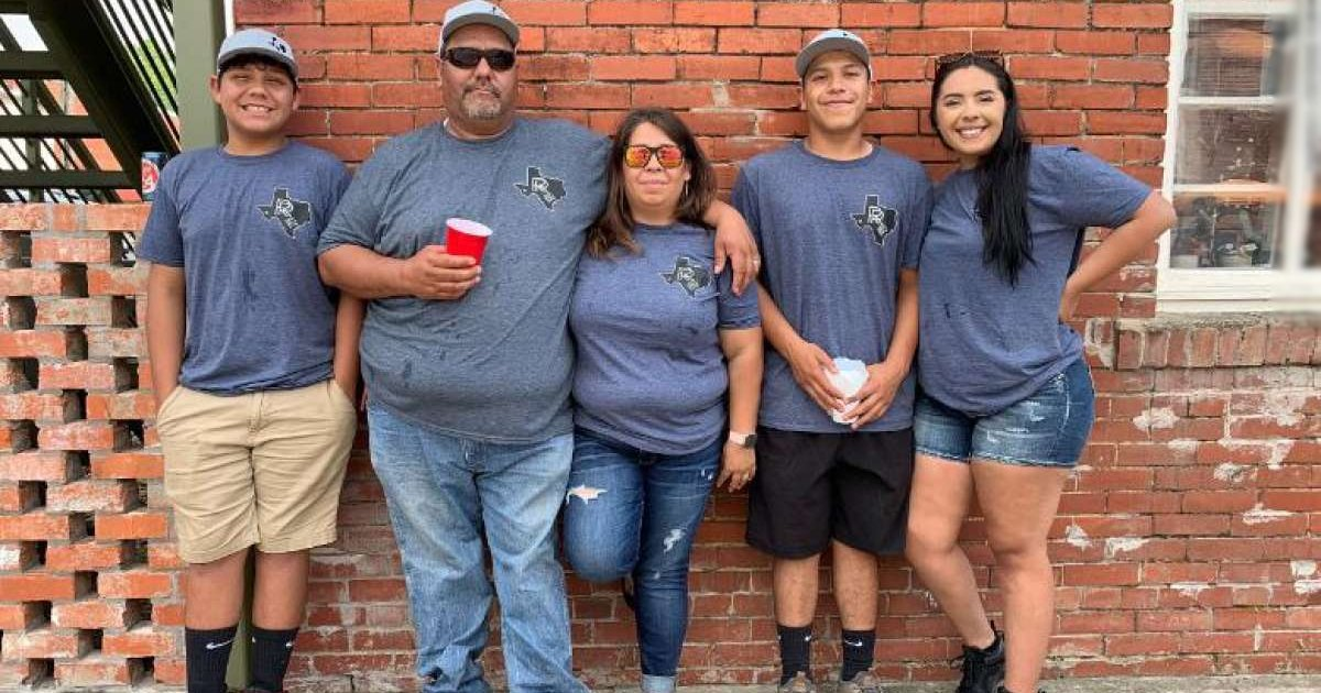 werr.jpg?resize=1200,630 - Texas Family Loses Home To Fire Weeks After Losing Dad To COVID-19