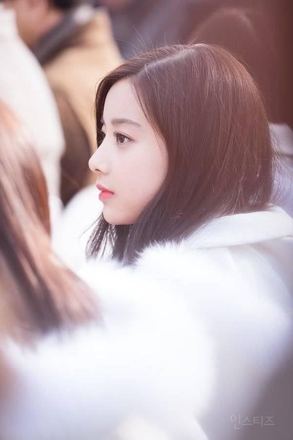 이번 사건과는 별개로 엄청 예쁘다는 반응인 에이프릴 전 멤버 현주.jpg | 인스티즈