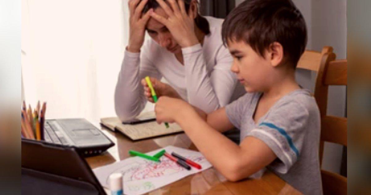 titulo 13.png?resize=1200,630 - Mujer Sufre Un Ataque Al Corazón Tratando De Explicarle Un Problema De Matemáticas A Su Hijo