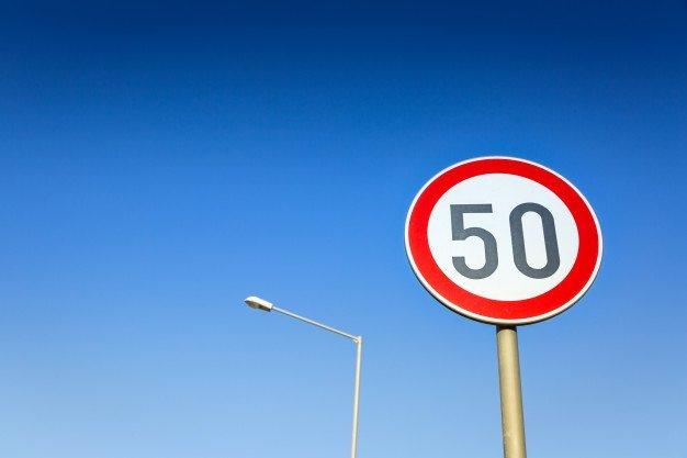 도심 지역 제한속도 50km/h로 조정된 이유는? : 네이버 포스트