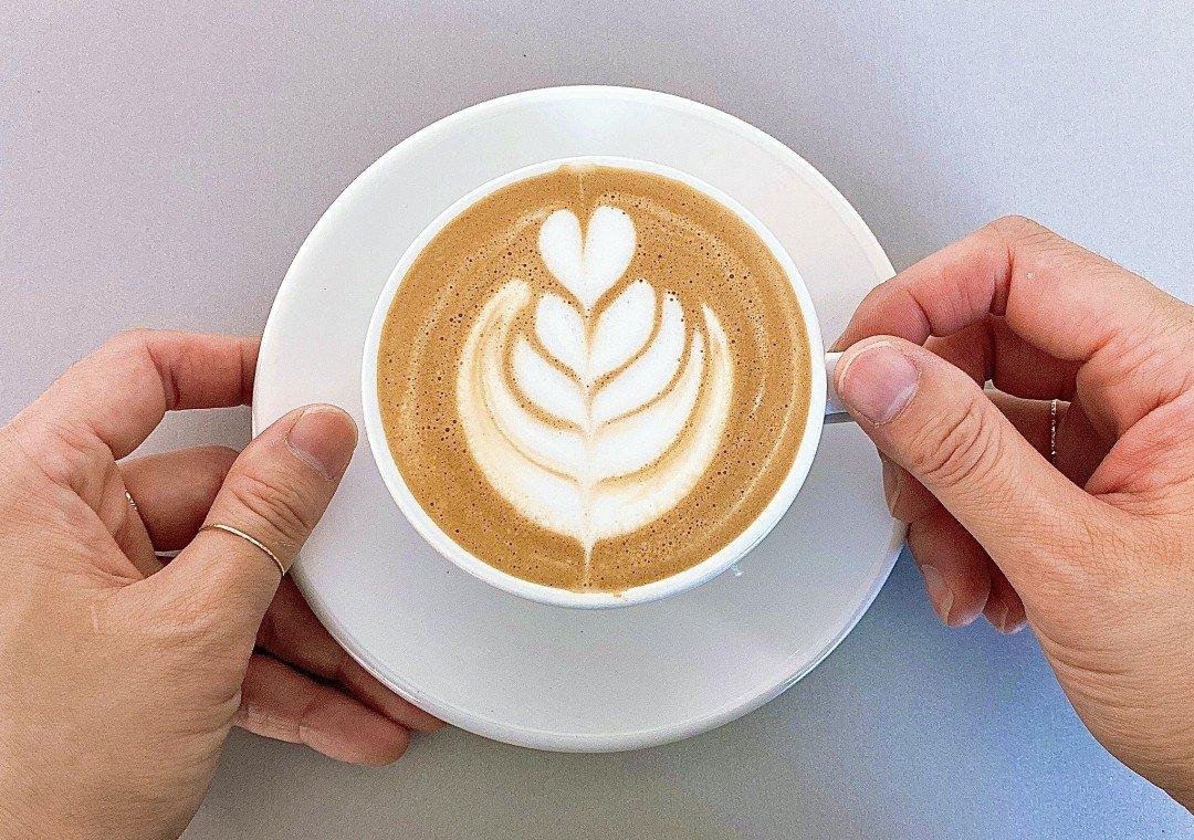 머신 없이 완성하는 홈카페 커피 라떼아트 | 아이디어스 - 핸드메이드, 수공예, 수제 먹거리