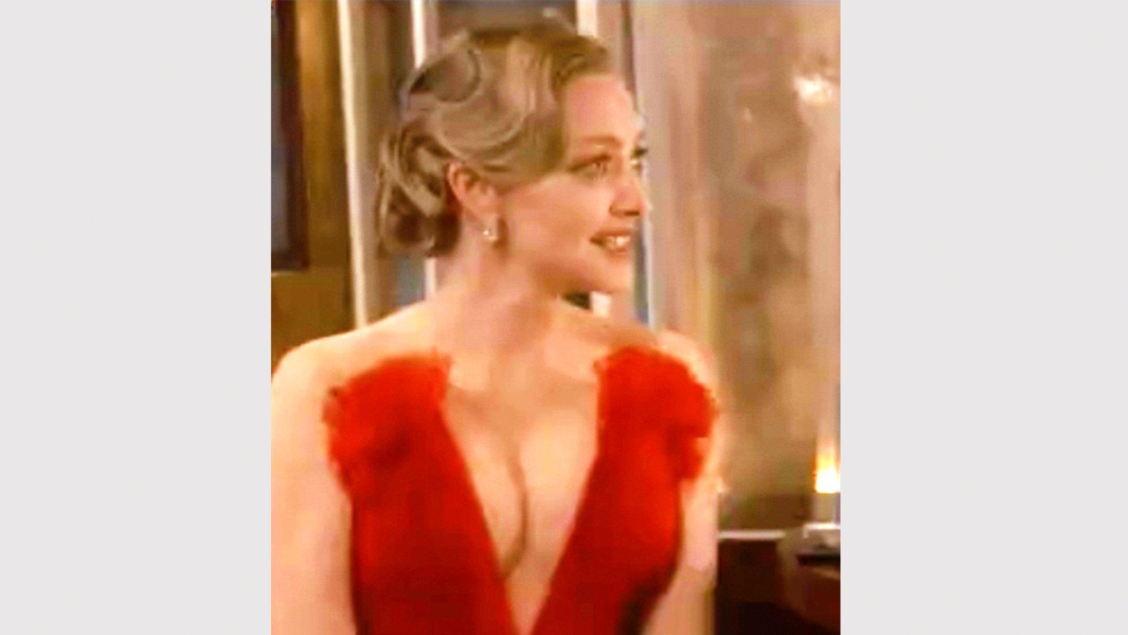 art 3 final thumbnail 1.jpg?resize=412,232 - Amanda Seyfried's Bombshell Look Turned Heads Around At The 2021 Oscars Red Carpet