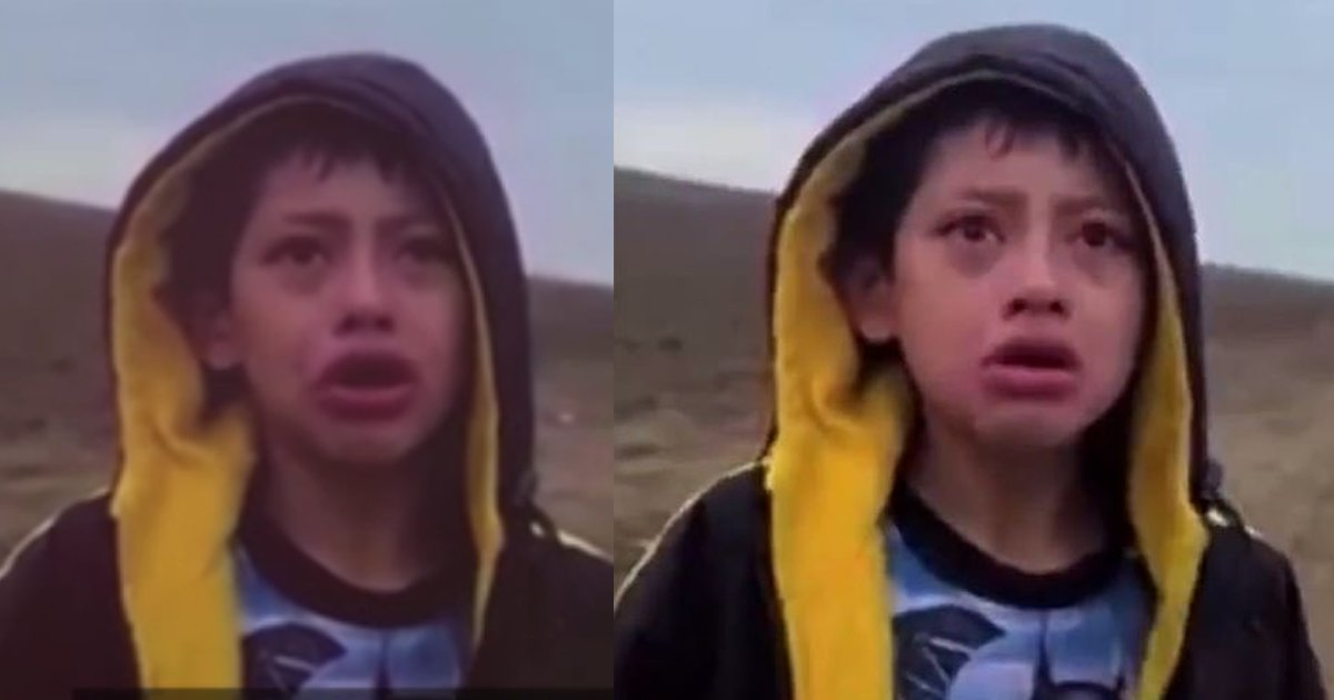 """border thumb.png?resize=1200,630 - """"Somebody Could Kidnap Me, I'm Scared,"""" Migrant Child ABANDONED In The Desert And Seeks For Help On His Own"""