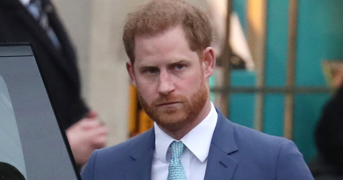 ggdd.jpg?resize=412,232 - Prince Harry Lands At Heathrow International Airport Without Meghan As Royals Mourn Prince Philip's Death