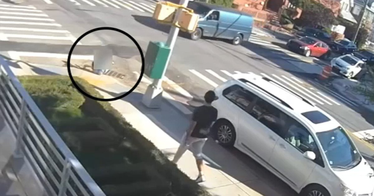 rreer.jpg?resize=412,275 - 12-Year-Old Boy Receives Bullets To His Chest While Walking On A New York City Street