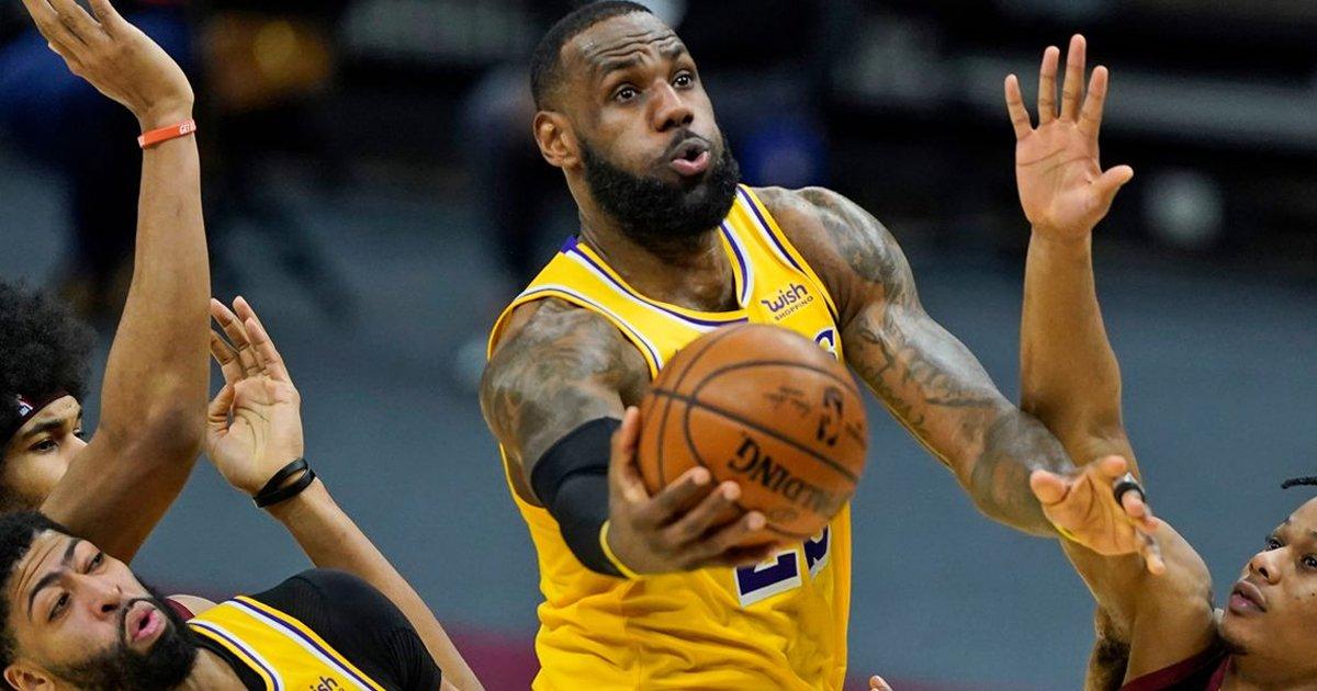 w3 2.jpg?resize=412,232 - Cincinnati Bar REFUSES To Show NBA Games Until LeBron James Is EXPELLED