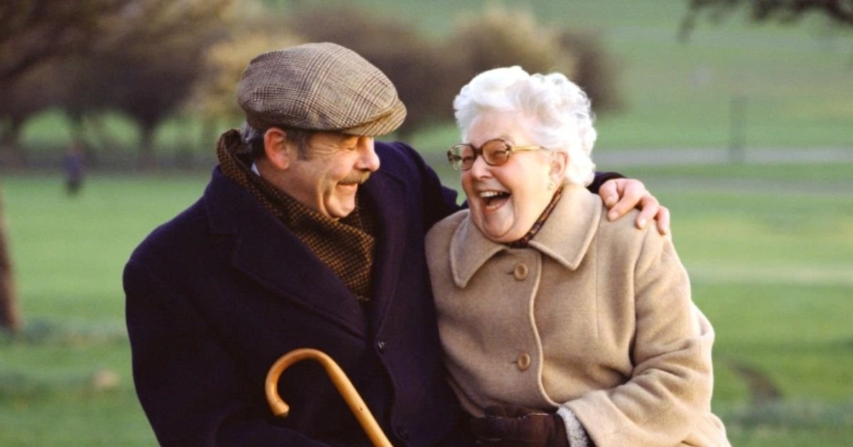 couple6.jpg?resize=1200,630 - Elderly Couple With Dementia Escape Assisted Living Facility After Husband Managed To Memorize Security Door Using Morse Code