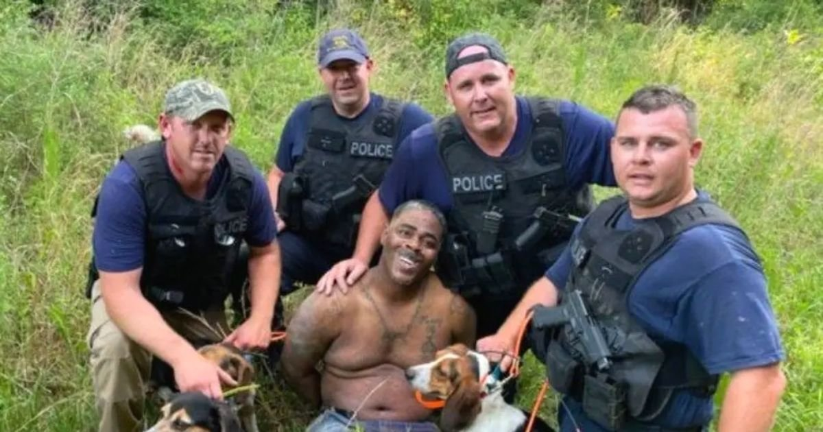 police4.jpg?resize=1200,630 - Police Officers Spark Outrage After Posing For A Photo With Suspect They Had Just Arrested