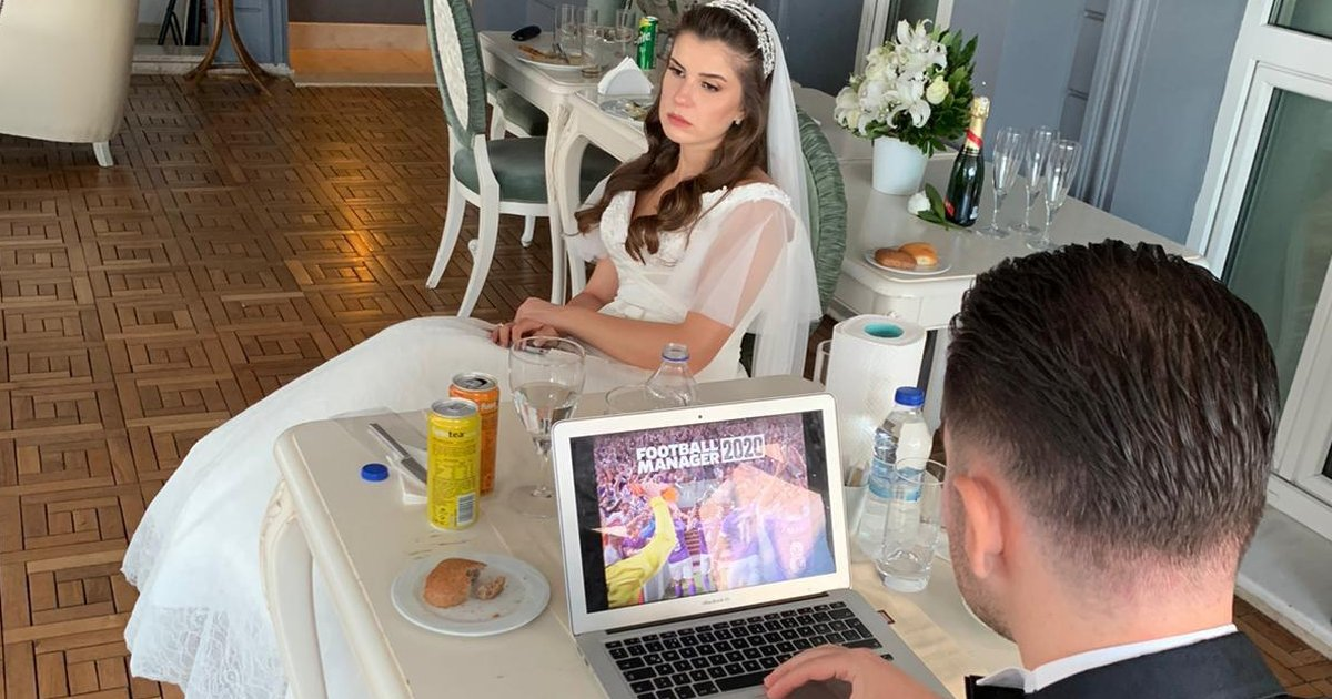 7 1 1.jpg?resize=1200,630 - Bizarre Affair As Groom Plays Video Games At His Wedding As Furious Bride Looks On