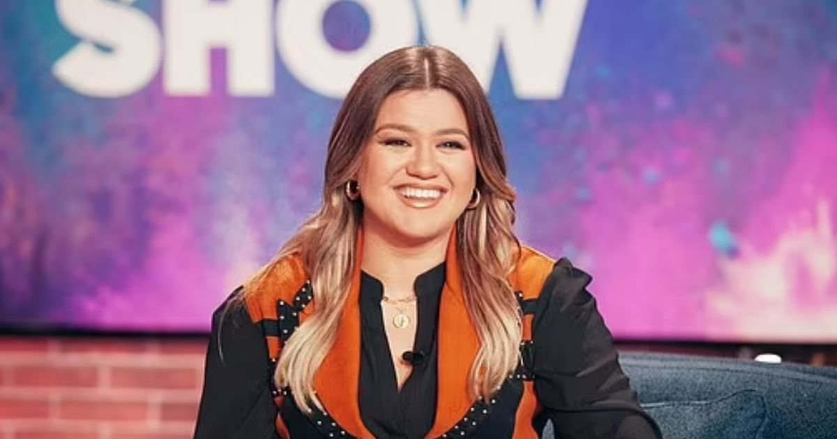 clarkson5.jpg?resize=412,275 - Kelly Clarkson Ordered To Pay Ex-Husband $200K PER MONTH In Spousal And Child Support
